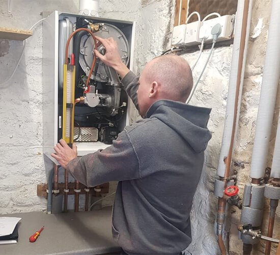 how long does it take to fit a boiler